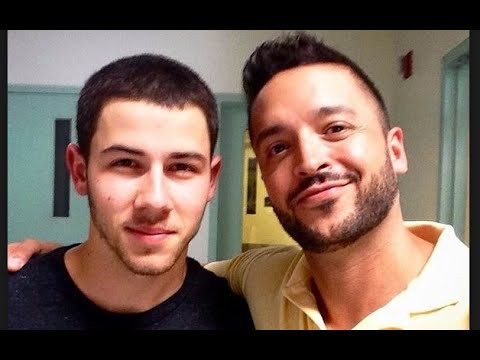Hey Qween! HIGHLIGHT: Jai Rodriguez & Nick Jonas' Naked Therapy