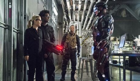 "Arrow -- ""Lost Souls"" -- Image AR406A_0224b.jpg -- Pictured (L-R): Emily Bett Rickards as Felicity Smoak, Echo Kellum as Curtis Holt, David Ramsey as John Diggle and Brandon Routh as Atom -- Photo: Cate Cameron/ The CW -- © 2015 The CW Network, LLC. All Rights Reserved."
