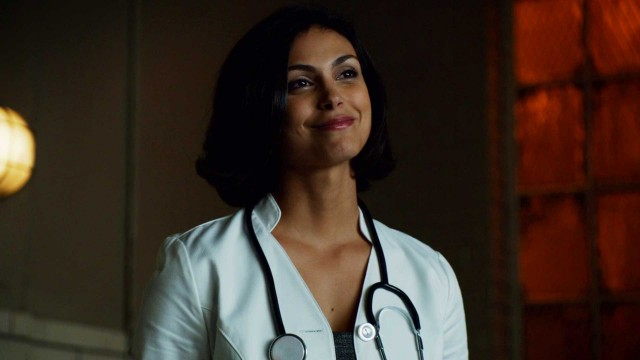 Gotham After Show Comic Comparison: Dr. Thompkins