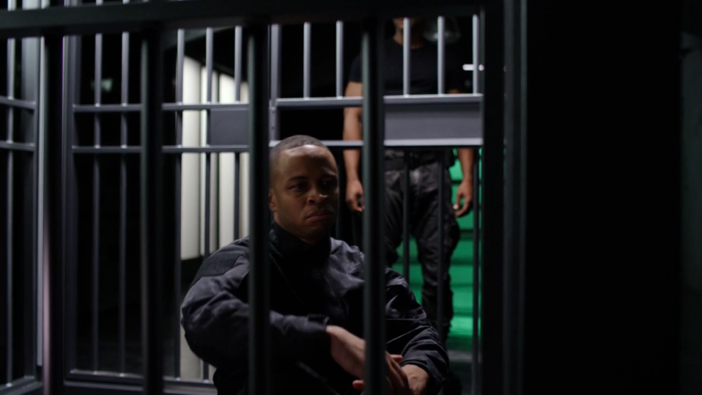 Diggle_talks_to_his_brother_Andy