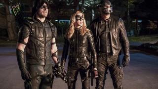 Arrow_Unchained_Green_Arrow_Black_Canary_Spartan