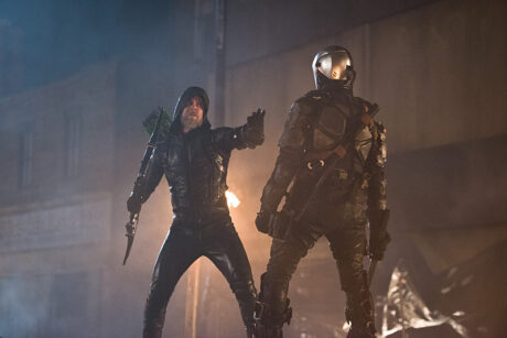 Legends_Of_Tomorrow_Star_City_2046_Oliver_Faces_Off_With_Deathstroke