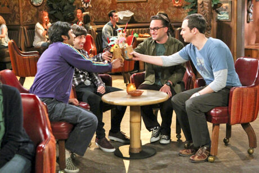 The_Big_Bang_Theory_The_Positive_Negative_Reaction_Guys_At_Bar