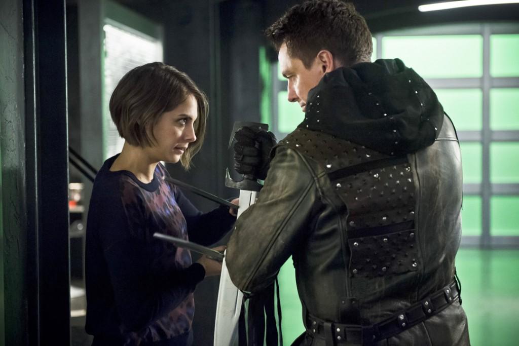 Arrow_Eleven-Fifty-Nine_Malcolm_Thea_Fight