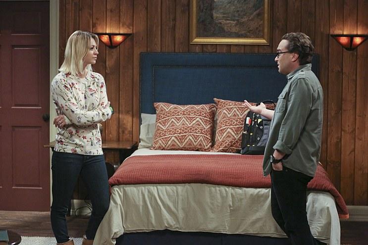 The_Big_Bang_Theory_The_Big_Bear_Precipitation_Leonard_Penny