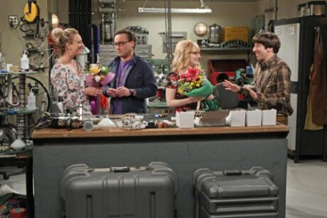 The_Big_Bang_Theory_The_Solder_Excursion_Diversion_Howard_Leonard_Penny_Bernadette_Flowers