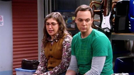 The_Big_Bang_Theory_The_Solder_Excursion_Diversion_Sheldon_Amy_Storage_Facility