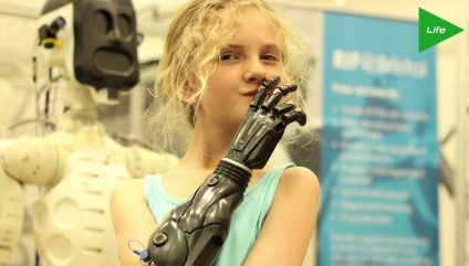 3D Printable BIONIC ARMS On theFeed!