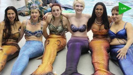 People Working As MERMAIDS?? On theFeed!